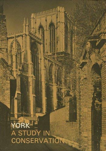 9780117500426: York: A Study in Conservation