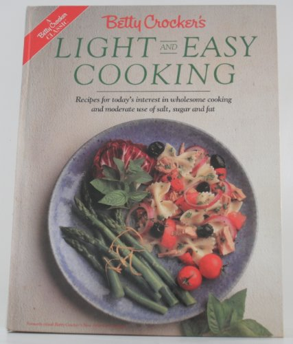 9780130832887: Betty Crocker's Light and Easy Cooking
