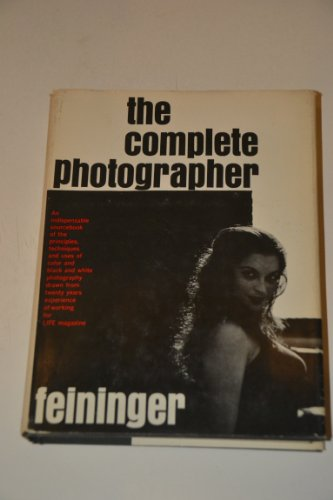 9780131622142: The Complete Photographer