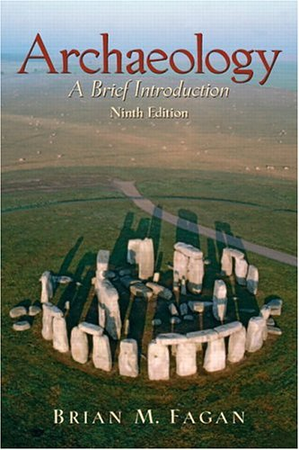 9780131928114: Archaeology: A Brief Introduction