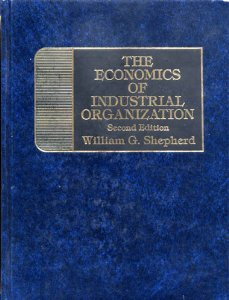 9780132314817: Economics of Industrial Organization