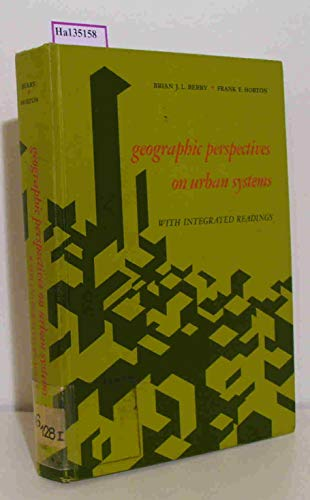 9780133513127: Geographic Perspectives on Urban Systems: With Integrated Readings
