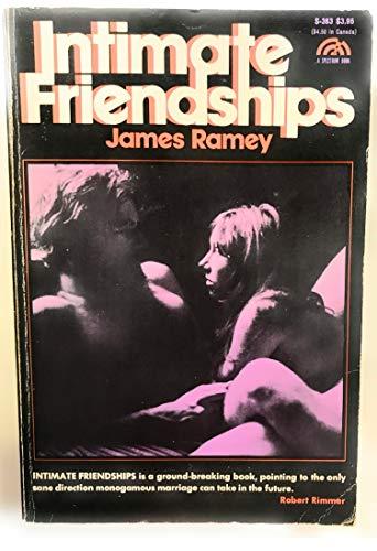 9780134768953: Intimate Friendships