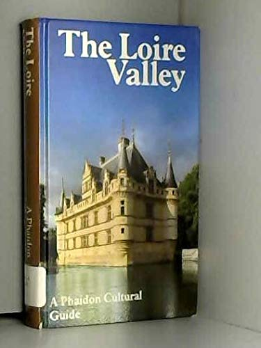 9780135401217: The Loire Valley (English and German Edition)
