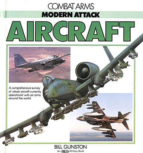 9780135890943: Modern Attack Aircraft (Combat Arms)