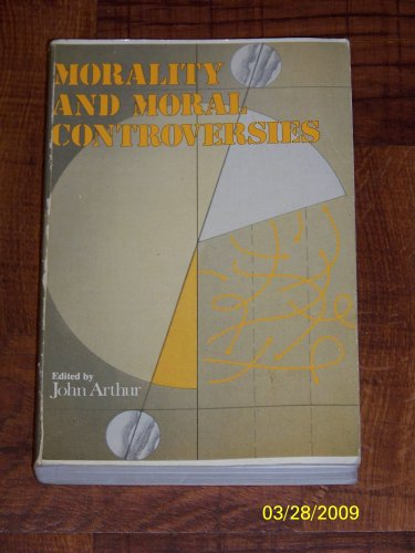 9780136012788: Morality and Moral Controversies