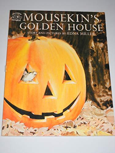 9780136044390: Mousekin's Golden House