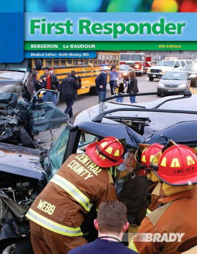 9780136140597: First Responder (8th Edition)