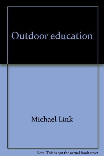 9780136450283: Outdoor education