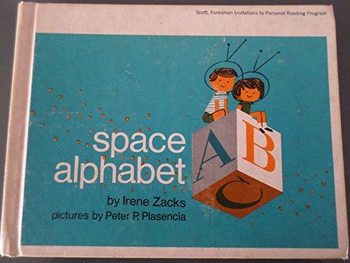 9780138237813: Space Alphabet