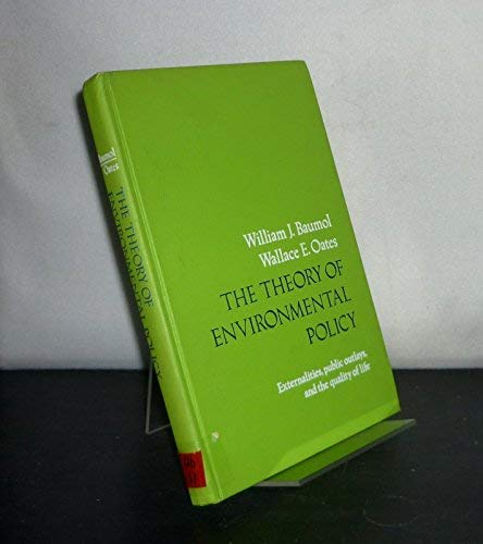 9780139136733: Theory of Environmental Policy