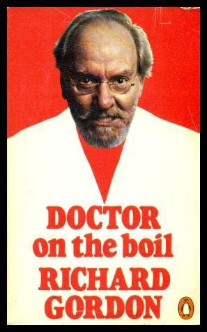 9780140035391: Doctor on the Boil
