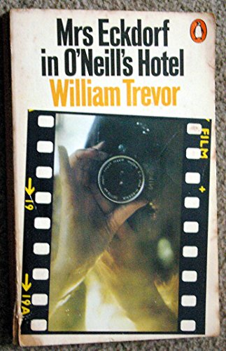 9780140035483: Mrs Eckdorf in O'Neill's Hotel