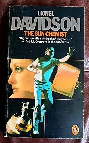 9780140044799: The Sun Chemist