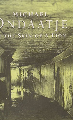 9780140113099: In the Skin of a Lion
