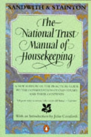 9780140123449: National Trust Manual of Housekeeping