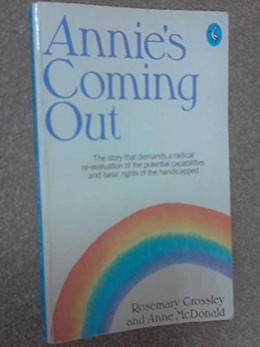 9780140224436: Annie's Coming Out (A Pelican Book)