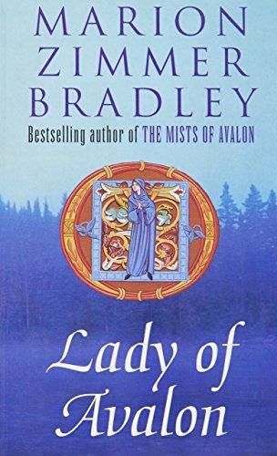 9780140241938: Lady of Avalon