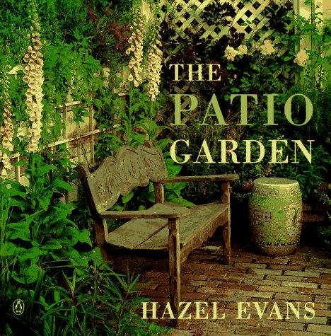 9780140251425: The Patio Garden