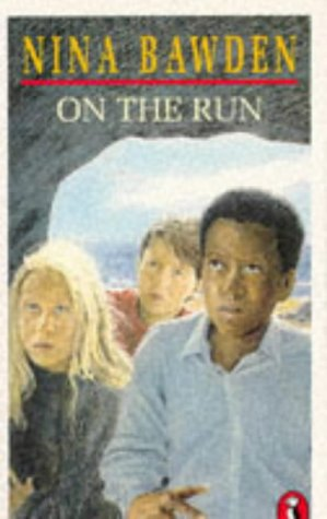 9780140303377: On the Run (Puffin Books)