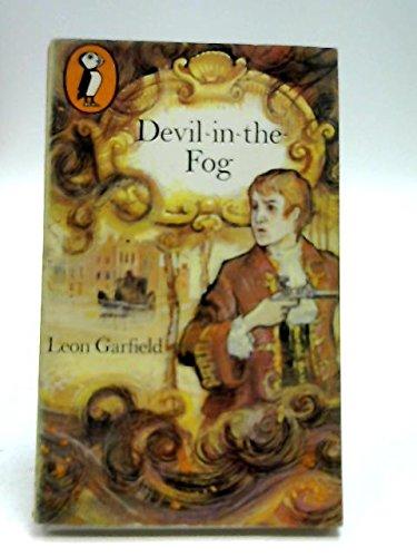 9780140303537: Devil-in-the-Fog (Puffin Books)