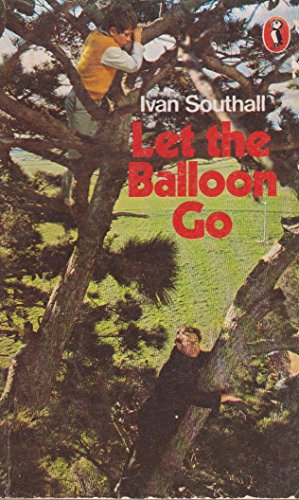 9780140305135: Let the Balloon Go (Puffin Books)