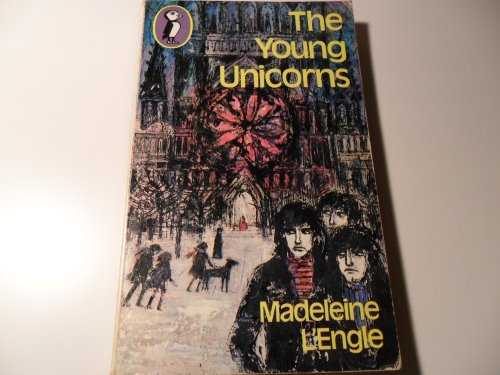 9780140305289: The Young Unicorns (Puffin Books)