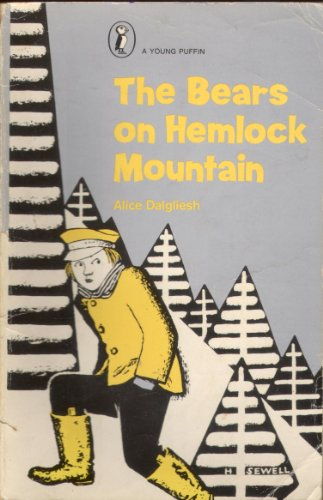 9780140305821: The Bears of Hemlock Mountain (Young Puffin Books)