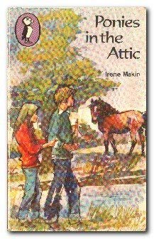 9780140305838: Ponies in the Attic (Puffin Books)