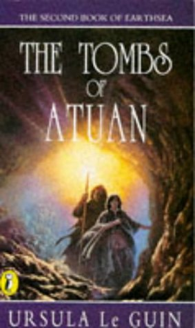 9780140306323: The Tombs of Atuan (Puffin Books)
