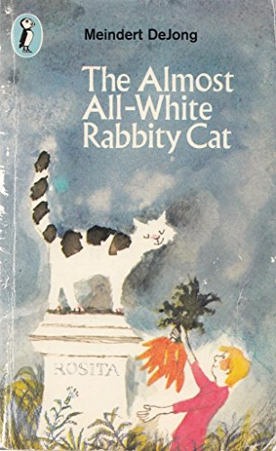 9780140306743: The Almost All-white Rabbity Cat (Puffin Books)