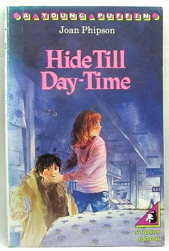 9780140311679: Hide Till Daytime (Young Puffin Books)