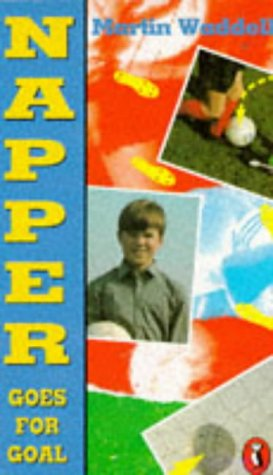 9780140313185: Napper Goes for Goal (Puffin Books)