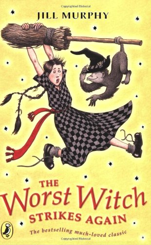 9780140313482: The Worst Witch Strikes Again