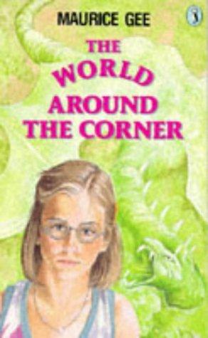 9780140315806: The World Around the Corner (Puffin Books)