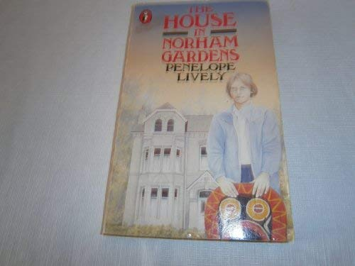 9780140319767: The House In Norham Gardens