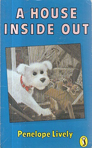 9780140323993: A House Inside Out (Puffin Books)