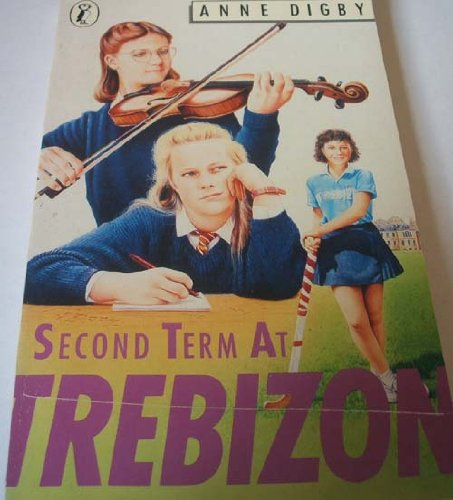 9780140324198: Second Term at Trebizon (Puffin Books)