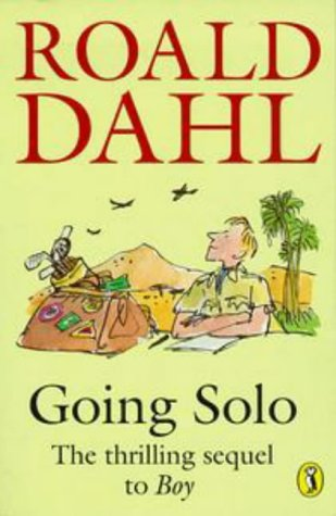 9780140325287: Going Solo (Puffin Books)