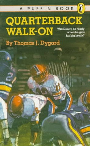 9780140341157: Quarterback Walk-On (Puffin story books)