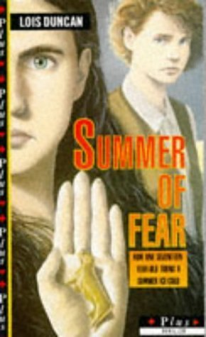9780140341676: The Summer of Fear