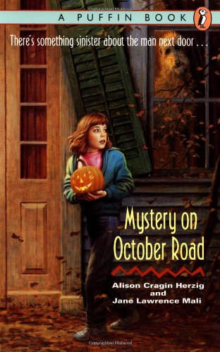 9780140346145: Mystery on October Road (A Puffin Book)