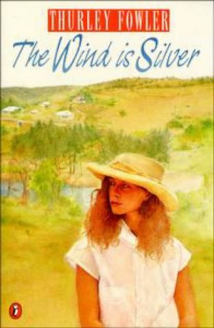 9780140346633: The Wind is Silver (Puffin Books)