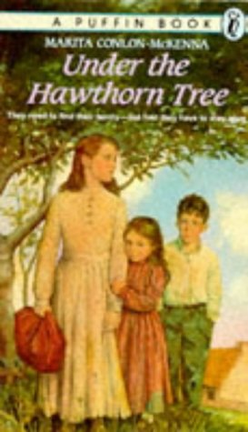 9780140360318: Under the Hawthorn Tree: Children of the Famine (VCB/Puffin)
