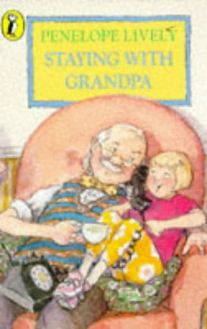 9780140370324: Staying with Grandpa (Young Puffin Read Alone)