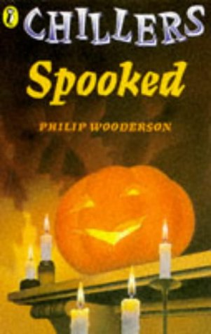 9780140370584: Spooked (Chillers)
