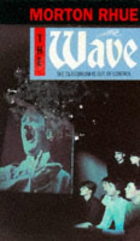 9780140371888: The Wave (Puffin Teenage Fiction)