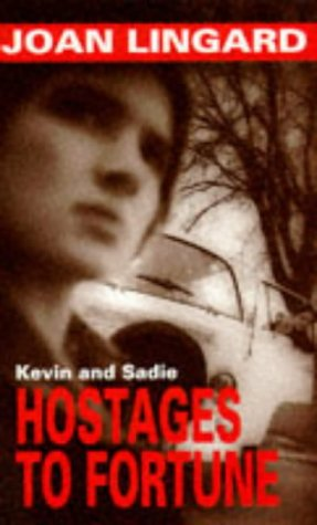 9780140374001: Hostages to Fortune (Puffin Teenage Fiction)