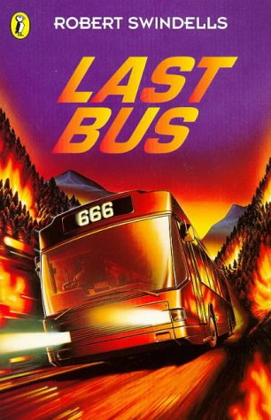 9780140379716: The Last Bus (Surfers)