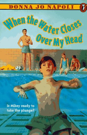 9780140379969: When the Water Closes over My Head